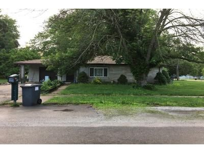 4 Bed Preforeclosure Property in Tolono, IL 61880 - N Elizabeth St