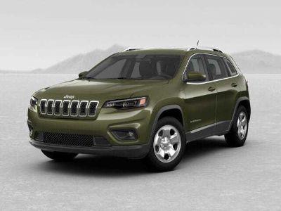 2019 Jeep Cherokee LATITUDE FWD (Olive Green Pearlcoat)
