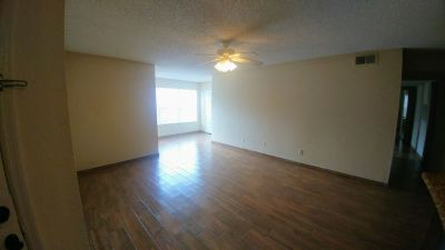 Beautiful Updated 3 Bedroom Condo in Metrowest