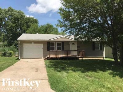 $1215 5 apartment in Independence