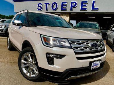 2019 Ford Explorer XLT (White Platinum Metallic Tri-Coat)