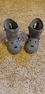 Fuzzy mouse toddler girl boots