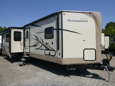 2019 Forest River  ROCKWOOD Windjammer 3029V