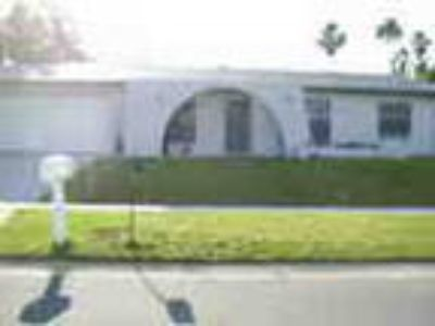 3 2 2 Pool Home For Rent