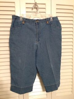 White Stag Denim Capris Size 16. Pick up at Target in McCalla on Thursdays 5:15 to 6:00pm.