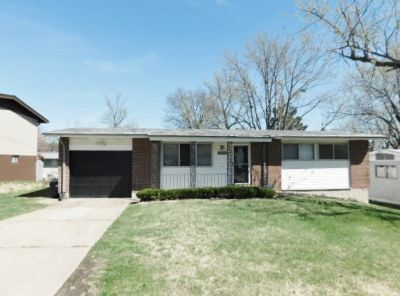 $845 3 apartment in St Louis
