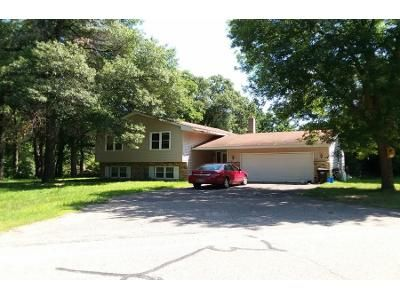 3 Bed 2 Bath Foreclosure Property in Stacy, MN 55079 - Martin Lake Rd NE