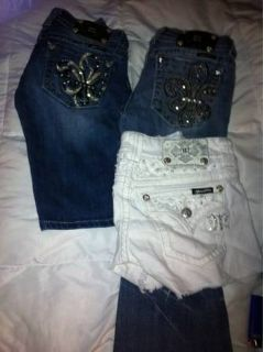 Miss me jeans and capris size 26, miss me short size 25 (Rayville)