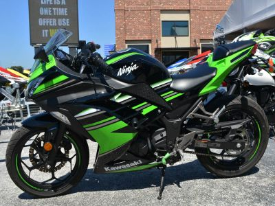 2016 Kawasaki Ninja 300 ABS KRT Edition Sport Motorcycles Clearwater, FL