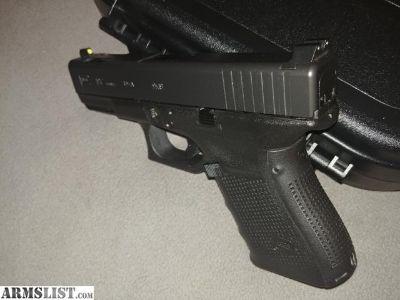 For Sale: Gen4 Glock 19c w/night sights