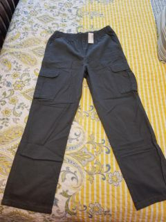 Size 14h cargo pants for boys.
