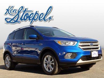 2018 Ford Escape SEL (Lightning Blue Metallic)