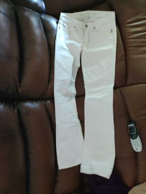 womens Abercrombie & Fitch white jeans size 2