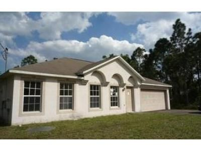 3 Bed 2 Bath Foreclosure Property in Port Saint Lucie, FL 34986 - NW Carovel Ave