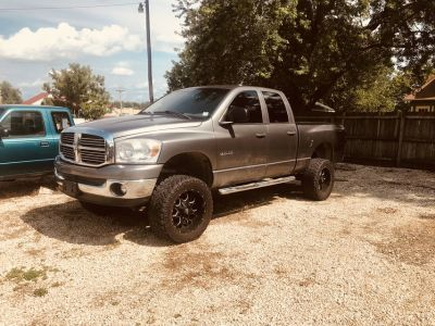 2008 DODGE RAM 1500 WITH LIFT