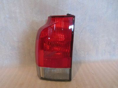 Sell OEM 03 04 05 06 07 VOLVO XC70 DRIVERS SIDE TAILLIGHT GENUINE FACTORY OEM (LEFT) motorcycle in Portland, Oregon, US, for US $125.00