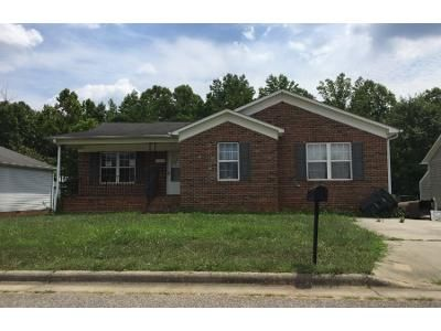 3 Bed 2 Bath Preforeclosure Property in Greensboro, NC 27405 - Ralph Johns St