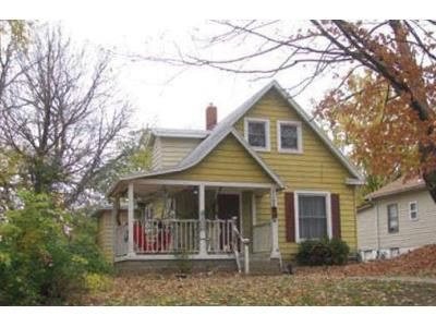 3 Bed 1.0 Bath Preforeclosure Property in Independence, MO 64050 - W Waldo Ave