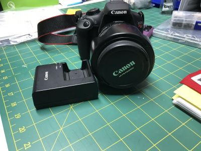 Canon rebel T5 EOS with 17- 85mm lens and charger