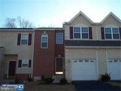 3946 Palmer CT Collegeville Three BR, Great neutral townhouse in