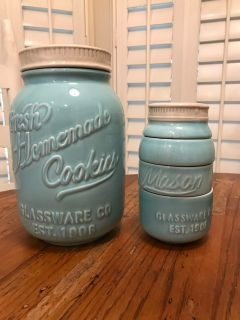 Cookie jar and measuring cup set