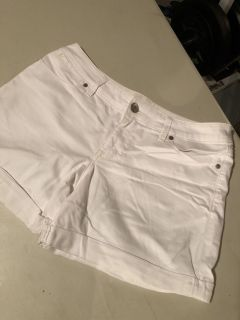 LIKE NEW The Limited White Jean Shorts Size 12