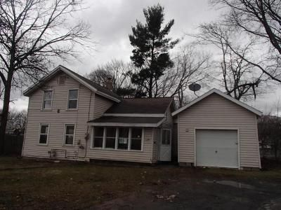 4 Bed 2 Bath Foreclosure Property in Rome, NY 13440 - E Dominick St