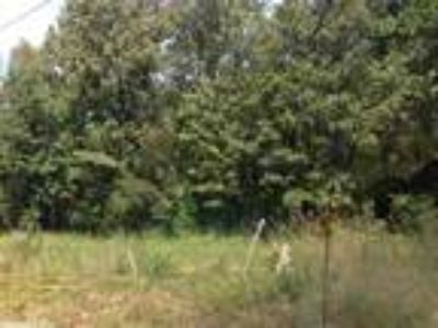 Jacksonville, 2.44 Acres on corner of Jones Road and Fortson