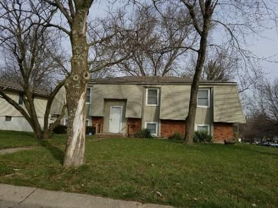 3 Bed 2 Bath Preforeclosure Property in Kansas City, MO 64118 - NW 65th Ter