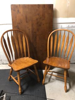 4 Oak Chairs and Table