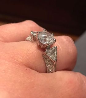 Avon Cz ring very pretty size 9 1/4