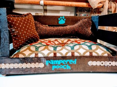 "Cute (One-Of-A-Kind) Little ""Doggie Bed"""