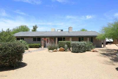 7120 W COUNTRY GABLES Drive PEORIA Three BR, 1 Acre Horse