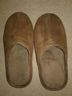 Men's Suede Slippers. Like New. Size Large.