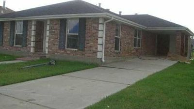 $1,100, 4429 Lamarque Dr,Meraux, LA 70075,3 beds 2 baths 1,731 sqft