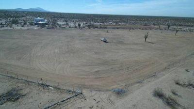 Land Ready to Build On -- 5.97 Acres outside Phoenix AZ!!!