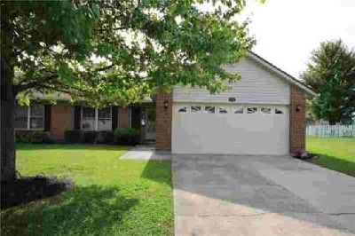 124 Warner Drive Englewood Two BR, This perfect home is move-in