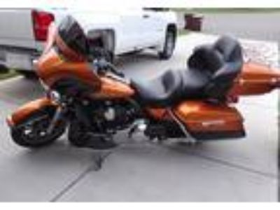 2014 Harley-Davidson FLHTK-Electra-Glide-Ultra-Limited Touring in Woodbury, MN