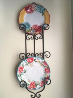 Pioneer Woman Plates And Plate Holder