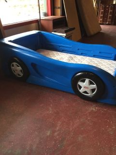 Twin Size Race Car Little Tikes Bed W/ Mattress