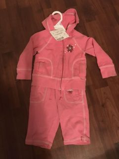 Pink old navy jogger sweat suit 12-18 mo