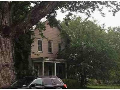 3 Bed 1.5 Bath Foreclosure Property in Coxsackie, NY 12051 - Mansion St