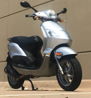 2010 Piaggio Fly 150 250 - 500cc Scooters Plano, TX
