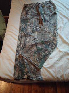 Men's camo Jeans by Realtree size 32-30.