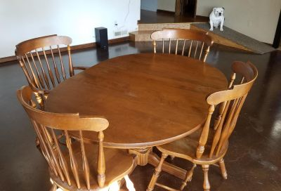 Kitchen table with extension