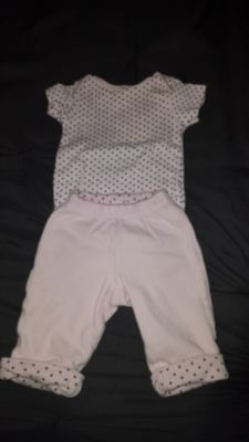 cute outfit size 0/3mo