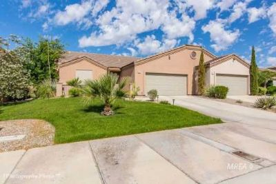 463 Hagens Aly MESQUITE Three BR, Lovely, clean furnished