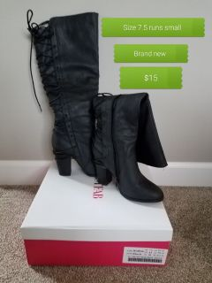 Brand new tags size 7