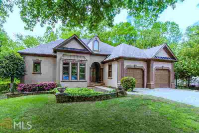 8225 Dartmoor Ct DULUTH Five BR, Gorgeous Rental in St.