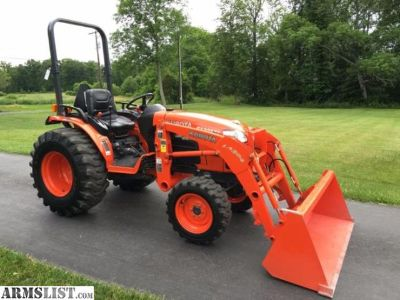 For Sale: 2010 Kubota B3300 4x4 33 HP Tractor w/Loader
